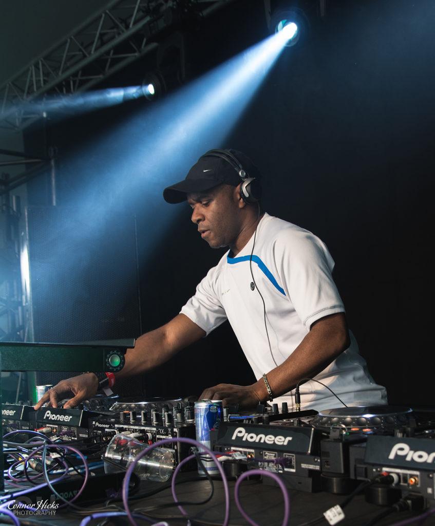DJ EZ Shakedown Festival 2015 847x1024 Shakedown Festival 2015