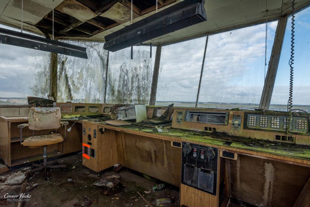 rae bedford control tower urbex 1024x683 RAE Bedford