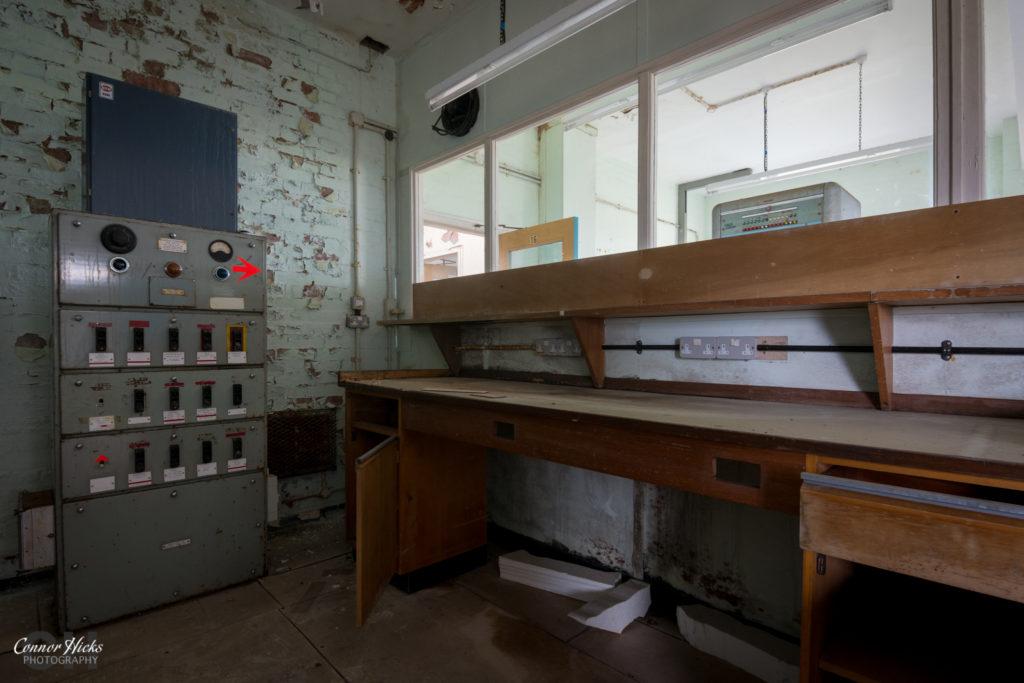 rae bedford urbex control room 1 1024x683 RAE Bedford
