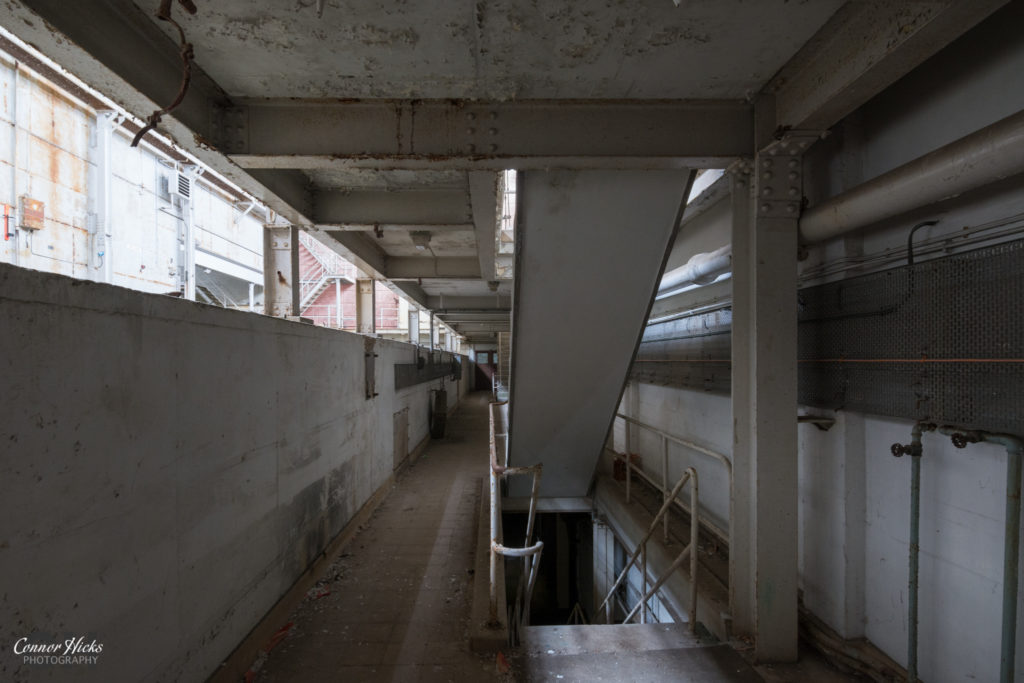 rae bedford wind tunnel urbex stairs 1024x683 RAE Bedford