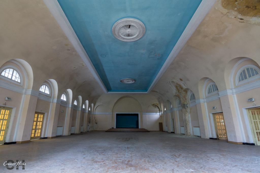 Haus Der Offiziere bellroom germany 1024x683 Haus Der Offiziere, Germany (Permission Visit)