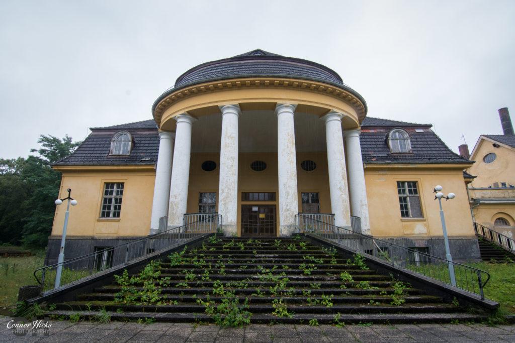 Haus Der Offiziere germany urbex 1024x683 Haus Der Offiziere, Germany (Permission Visit)