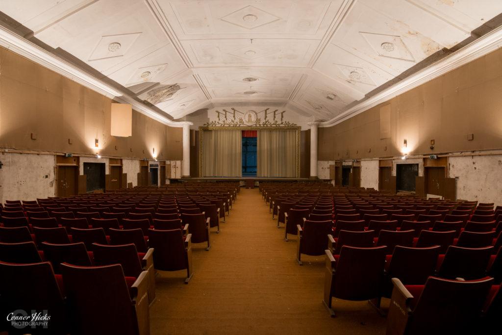 Haus Der Offiziere germany urbex theatre 1024x683 Haus Der Offiziere, Germany (Permission Visit)