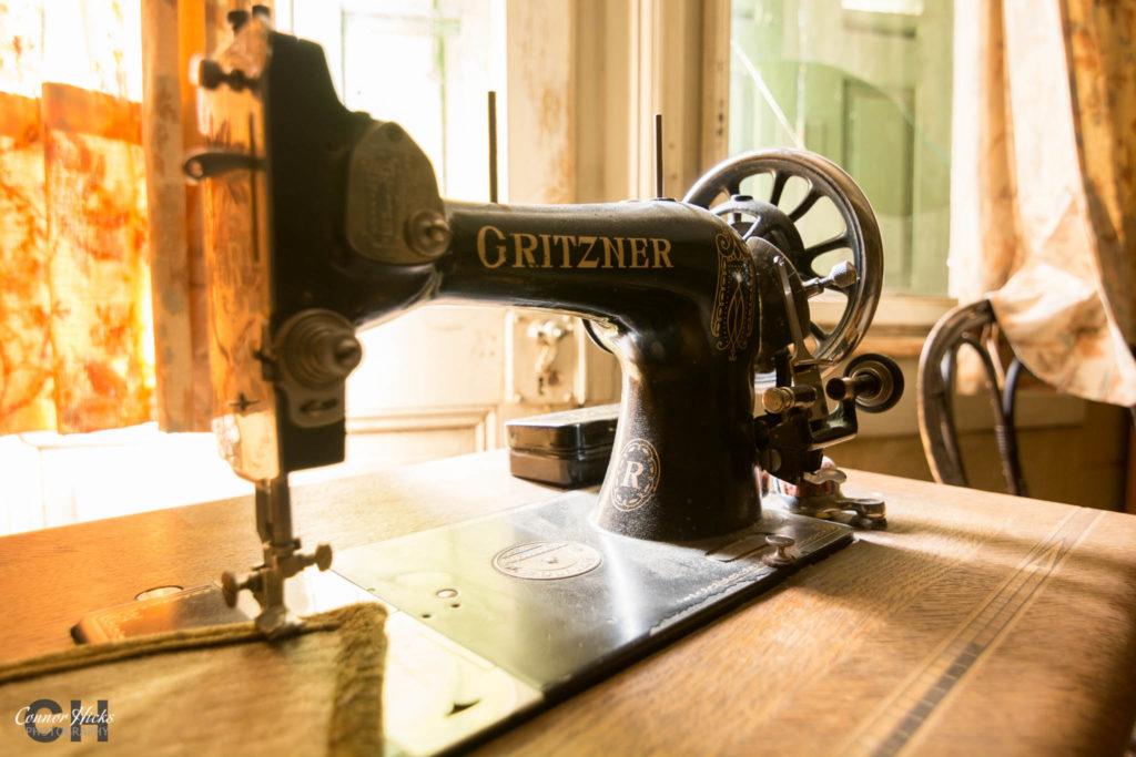 hunters hotel sewing machine 1024x683 Hunters Hotel, Germany (Permission Visit)